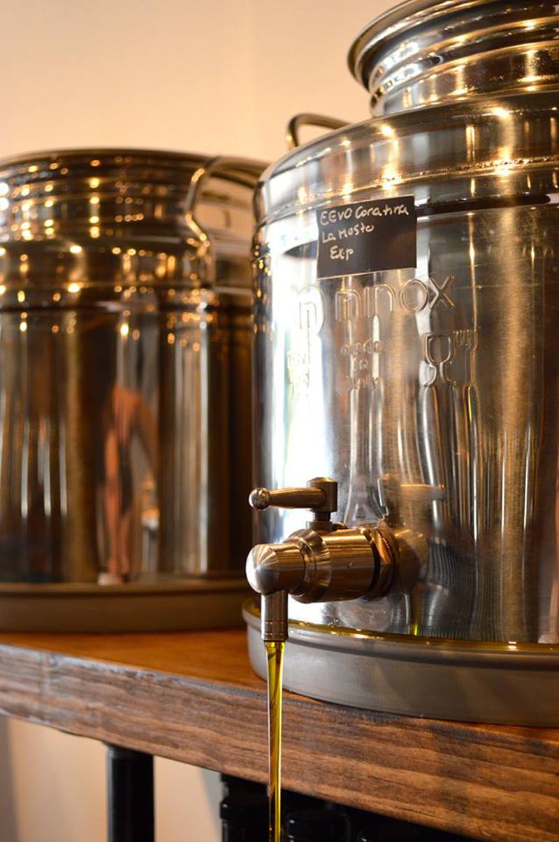 Olive Pressée spécialiste huile d'olive et vinaigre balsamique | Blogue Montreal Addicts