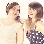 Photoshoot | Les deux Anne(s) se prennent pour des pin-ups!