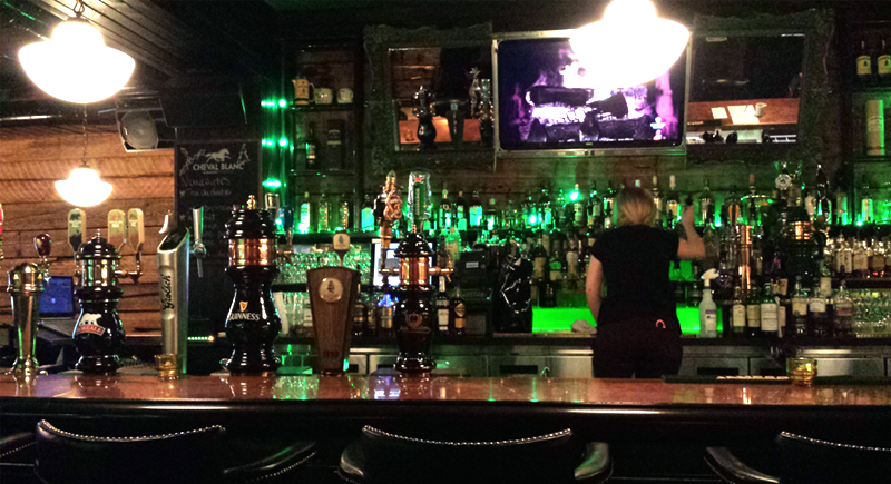 Taverne Irlandaise Le Trèfle | Blog Montreal Addicts