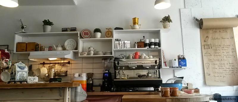 Chez Milo et Fine crêperie bretonne galette saucisse - Blog Montreal Addicts 2