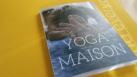 Yoga à la maison | Blog Montreal Addicts