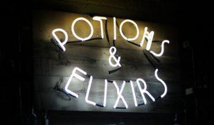 Lockhart bar Harry Potter | Montreal Addicts