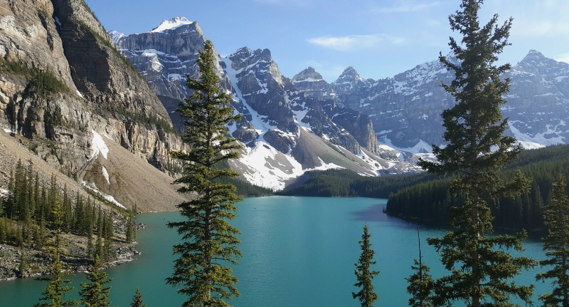 moraine-lake-rockies-lac-louise-montreal-addicts