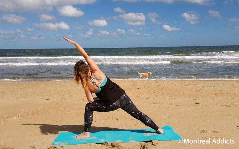 Yoga sur la plage à Virginia Beach | Blog Montreal Addicts