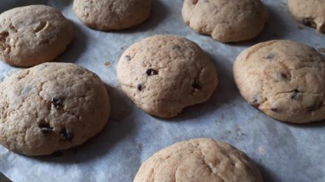 biscuits faciles et moelleux aux pépites de chocolat